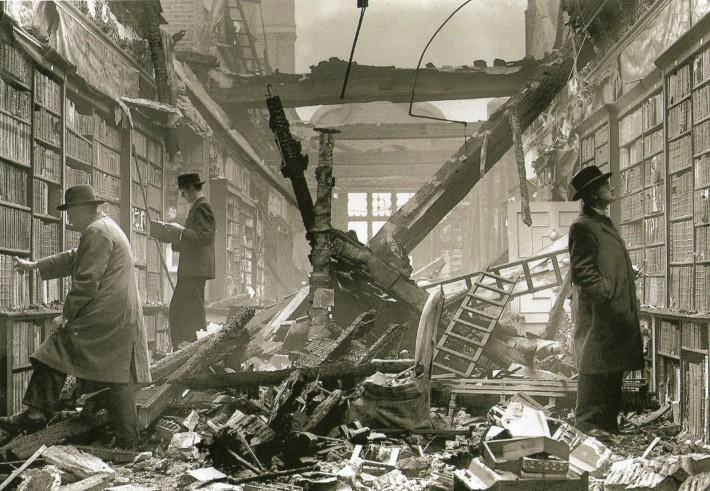 Llamamiento de los 451, Letra Salvaje, librería, bombardeo
